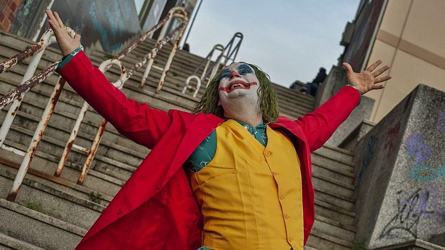 El showman de los balcones regresa como el Joker
