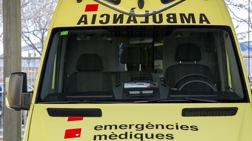Un xoc entre un camió i un cotxe a Sant Julià de Ramis acaba amb un ferit