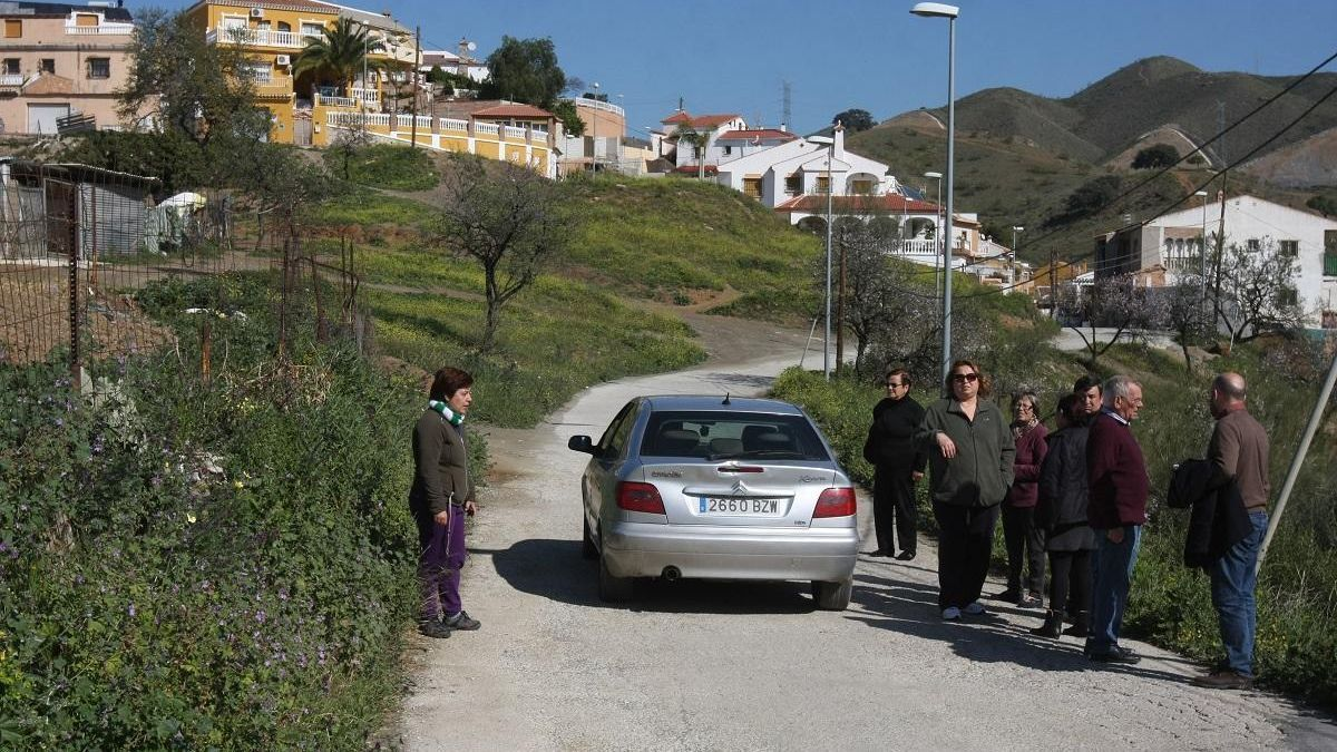 Vecinos de la zona del Chaparral, en Puerto de la Torre.