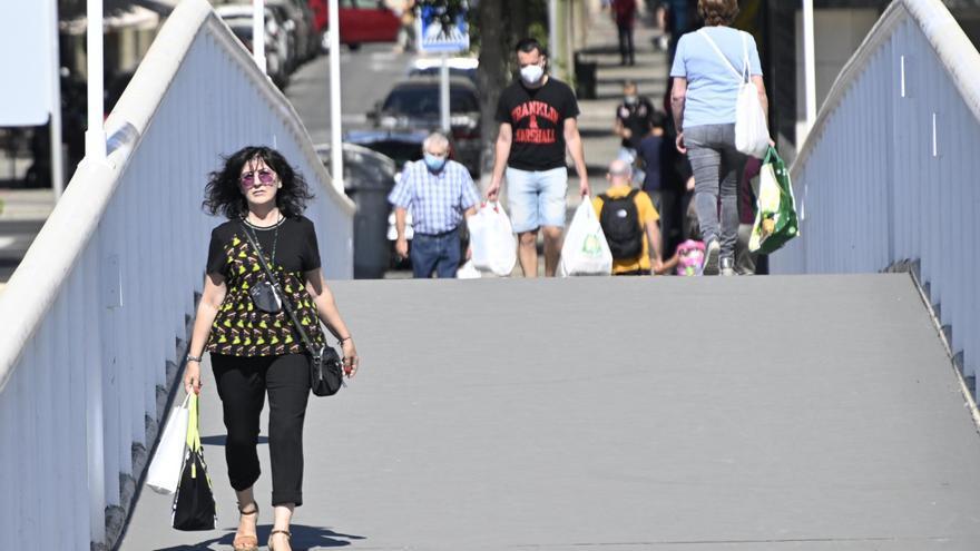 La provincia de Alicante se quita la mascarilla