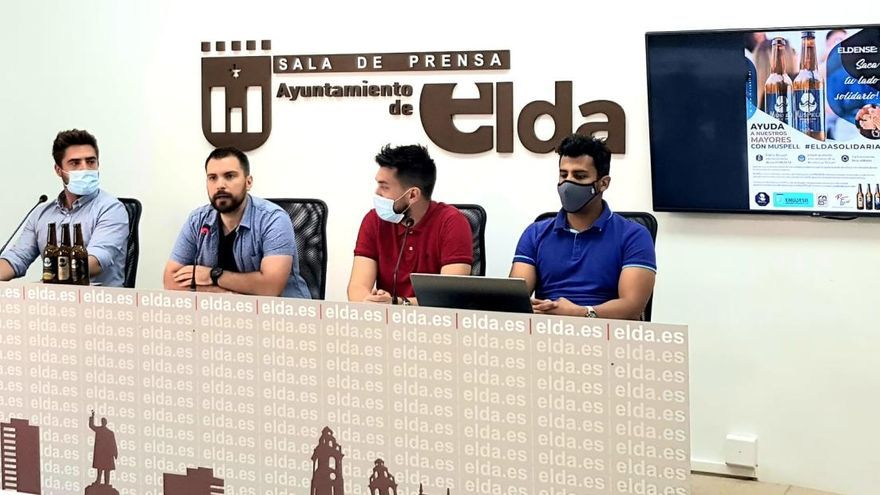 Campaña solidaria de una empresa de Elda para la residencia de mayores El Catí
