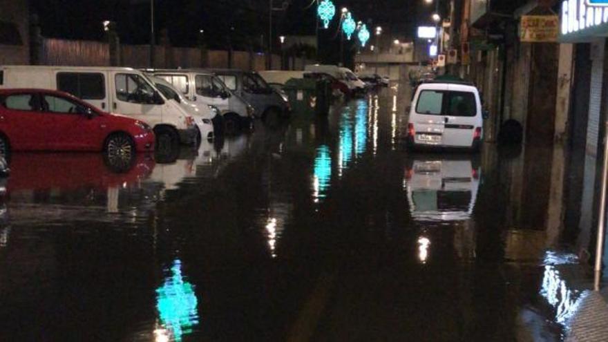 Vecinos y empresarios de Fernando Olmedo exigen soluciones tras la segunda inundación en cinco días