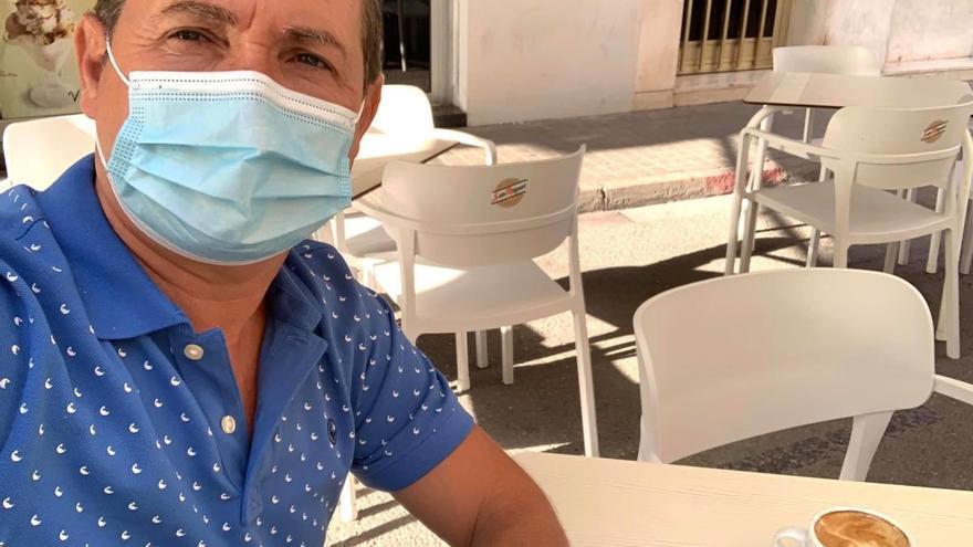El alcalde de Xirivella avala a una cafetería sobre la que se difundió un bulo