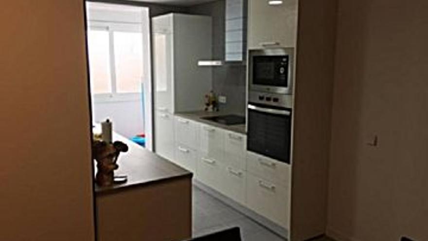 105.000 € Venta de piso en Manresa, 2 habitaciones, 1 baño...
