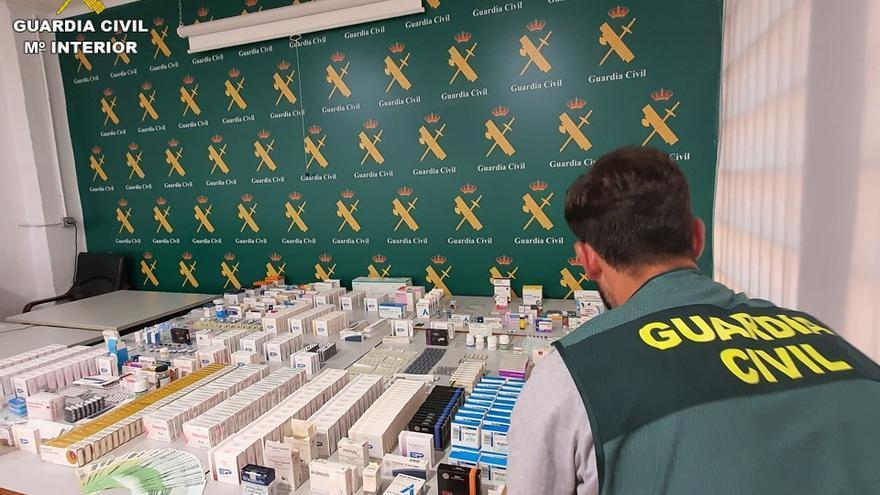 Quince detenidos por la venta ilegal de medicamentos en la Vega Baja