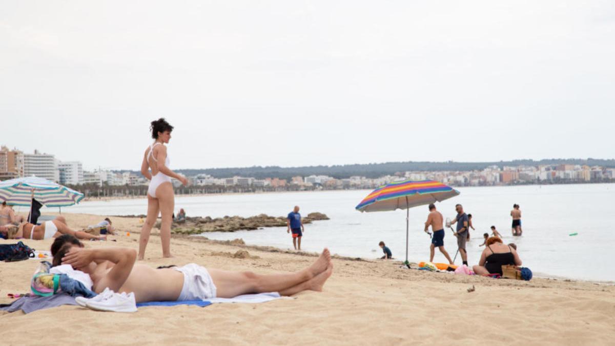 Armengol insiste en abrir Baleares al turismo internacional en la segunda mitad de junio