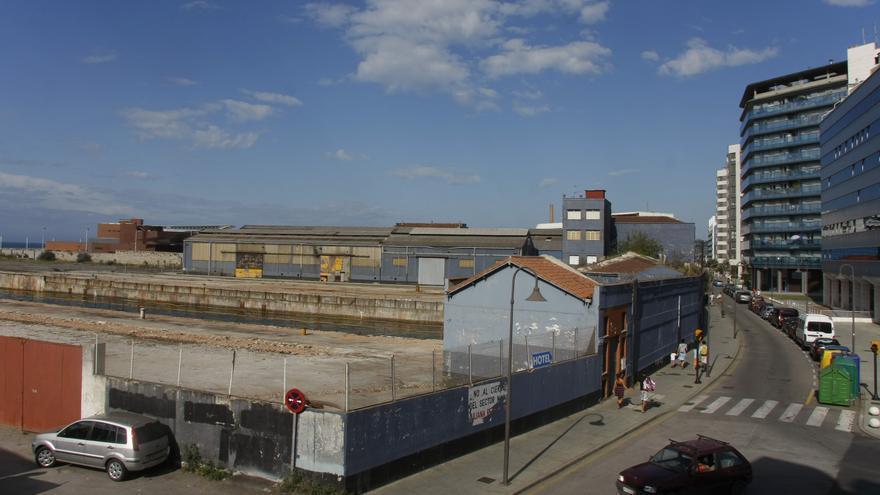 La propuesta de Otea para Naval Gijón incluye crear anfiteatros de uso cultural