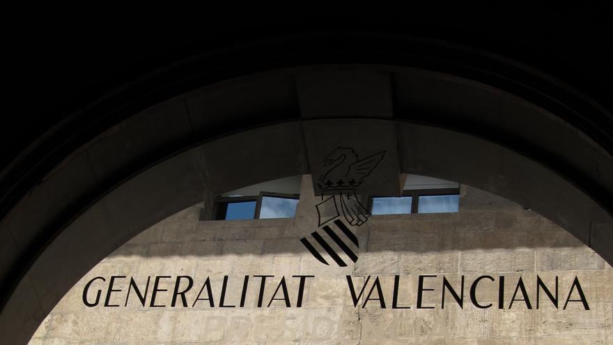 La Generalitat incrementa un 25 %  el pago a personas y proveedores