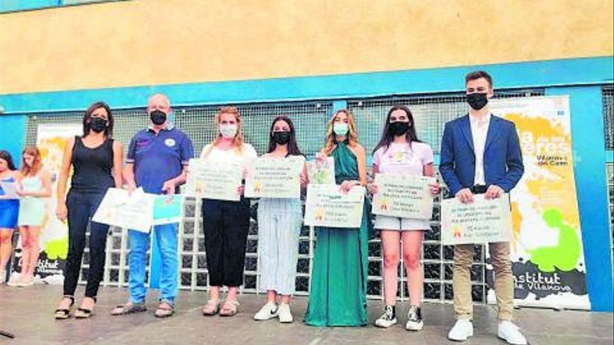 Vilanova del Camí entrega els premis del concurs de logotips del Pla Local d'Educació i el Pla Educatiu d'Entorn