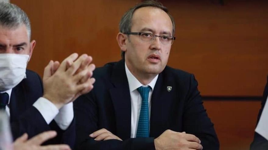 El Constitucional de Kosovo ve ilegal la elección del primer ministro Hoti