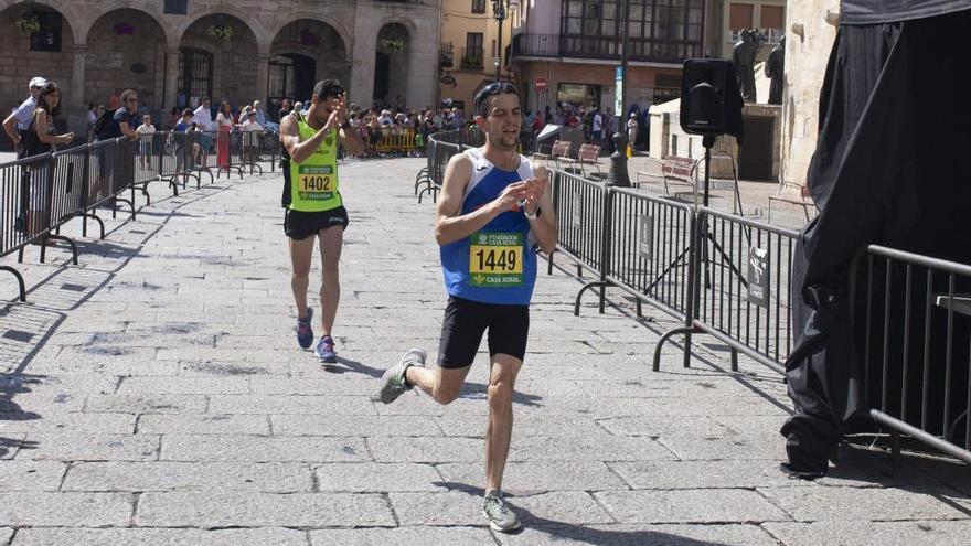 Raúl Álvarez se adjudica un sufrido Cross del Ajo