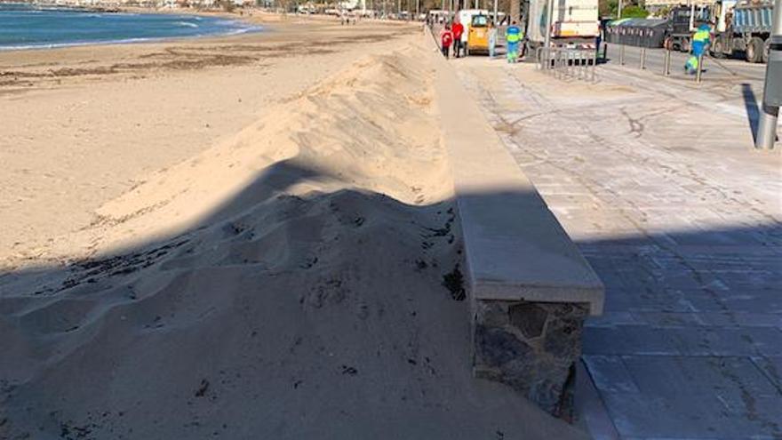Sandverwehungen ärgern Anwohner an der Playa de Palma