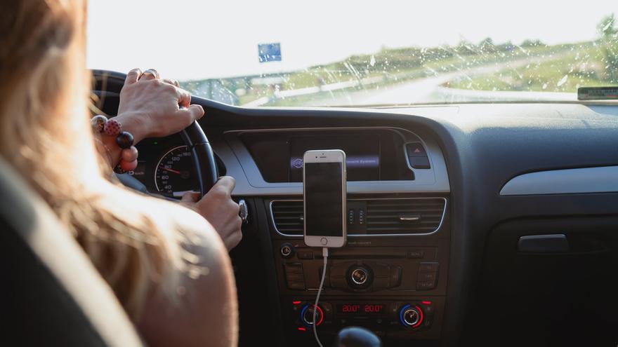 La DGT cuenta cuál es la velocidad exacta para ahorrar combustible