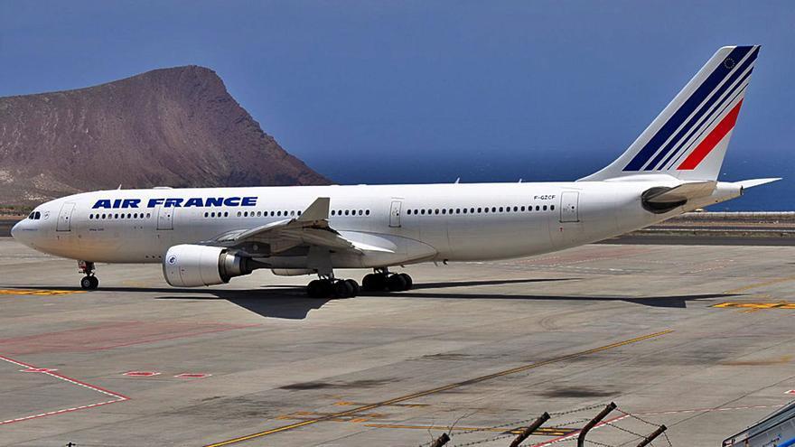 Dos vuelos semanales unirán Tenerife y París entre el 1 de noviembre y marzo