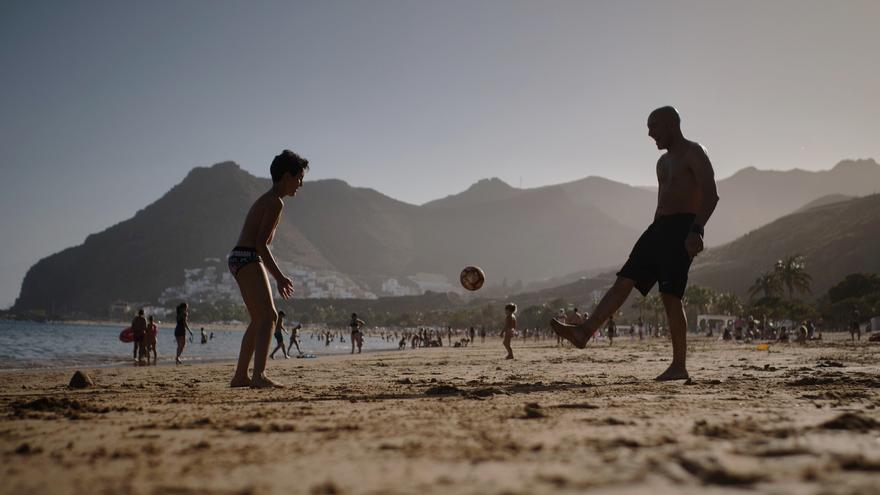 Santa Cruz convertirá parte de Las Teresitas en una zona deportiva