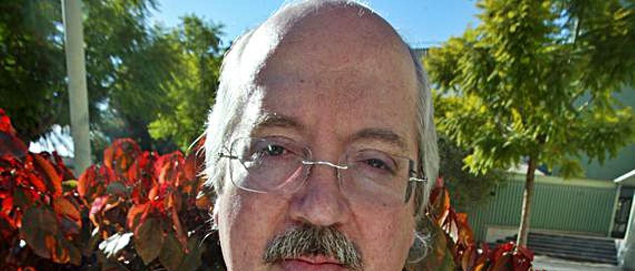 Ángel Luis Prieto de Paula. J.navarro
