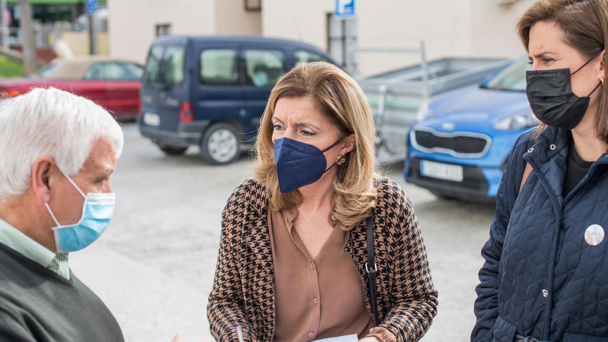 María Jesús Botella, durante su visita a Albendín.