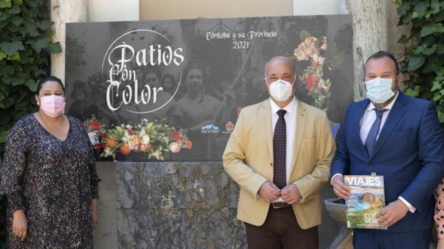 La provincia abre sus 'Patios con color' a operadores turísticos y medios especializados