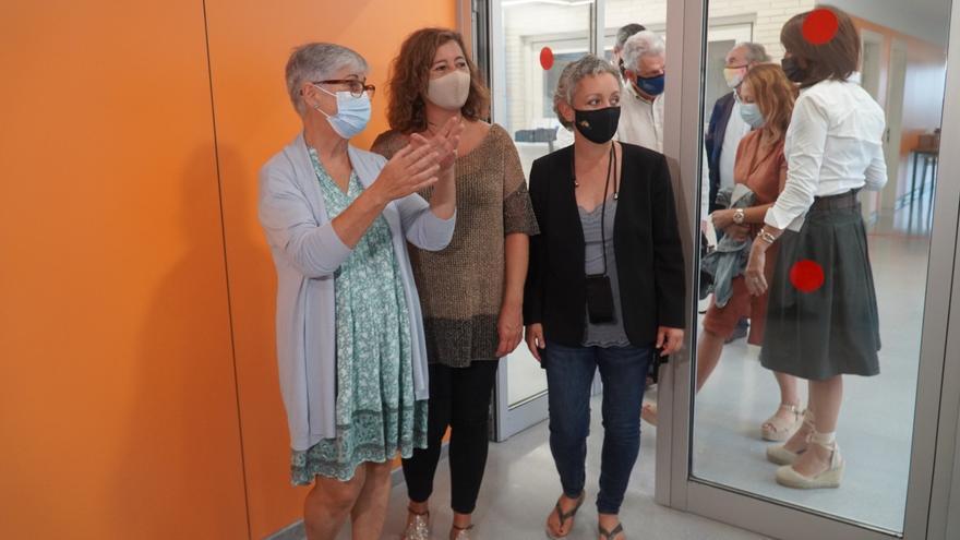 Las presidentas Armengol y Ferrer inauguran la escuela y la escoleta de Sant Ferran en Formentera