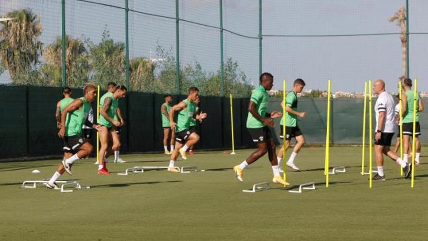 Boyé no acude a entrenar a Algorfa y está descartado para Villarreal