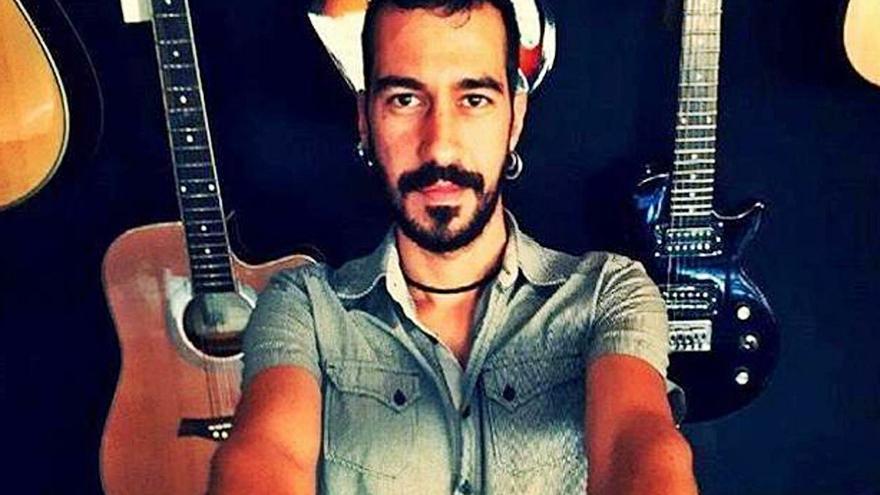 El rock con pinceladas flamencas de Poncho K