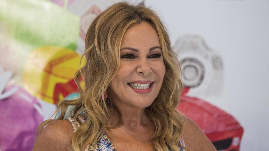 """Ana Obregón rememora el último verano de Álex Lequio: """"Es una foto que jamás se repetirá"""""""