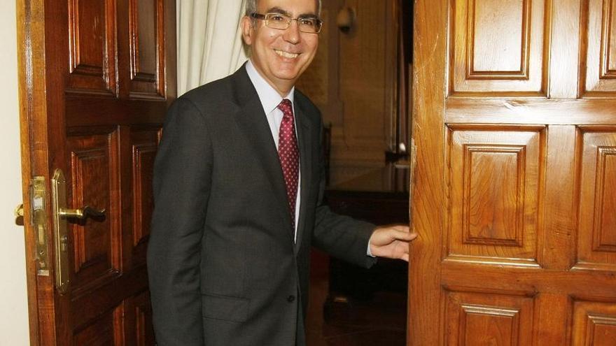 Nombran nueva secretaria del pleno en sustitución de Moreno Brenes