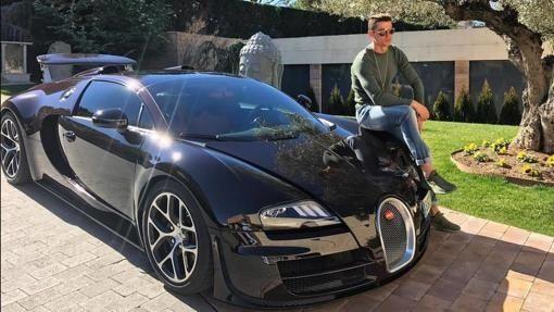 bugatti-veyron-cristiano-ronaldo.jpg