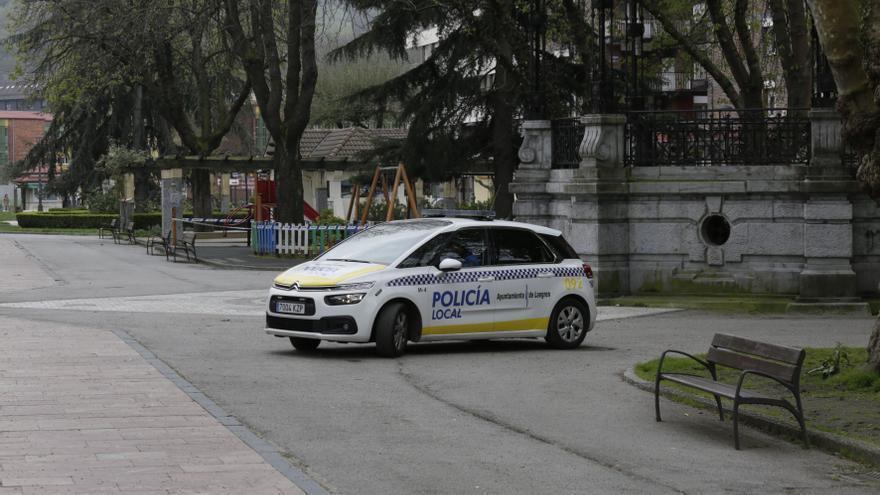 Detenido en Langreo por agredir a la Policía tras negarse a hacer la prueba de alcoholemia