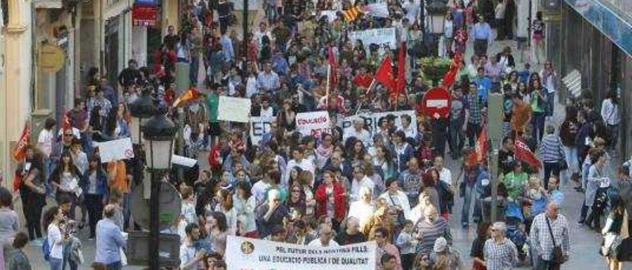 La nueva rebaremación pone en riesgo el puesto de 100 docentes interinos en Castelló