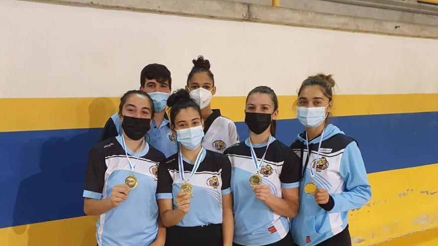 El Patiño consigue seis medallas en el Gallego
