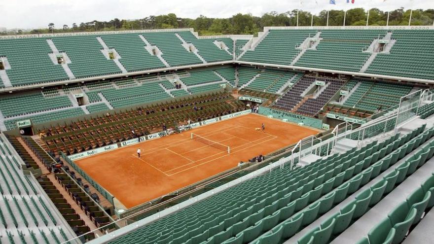 Roland Garros aparta a cinco jugadores de la calificación tras dar positivo en Covid