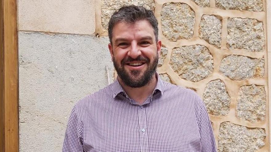 Lluís Apesteguia: «Traurem més ajudes per Pimes i autònoms a finals de març i juny»