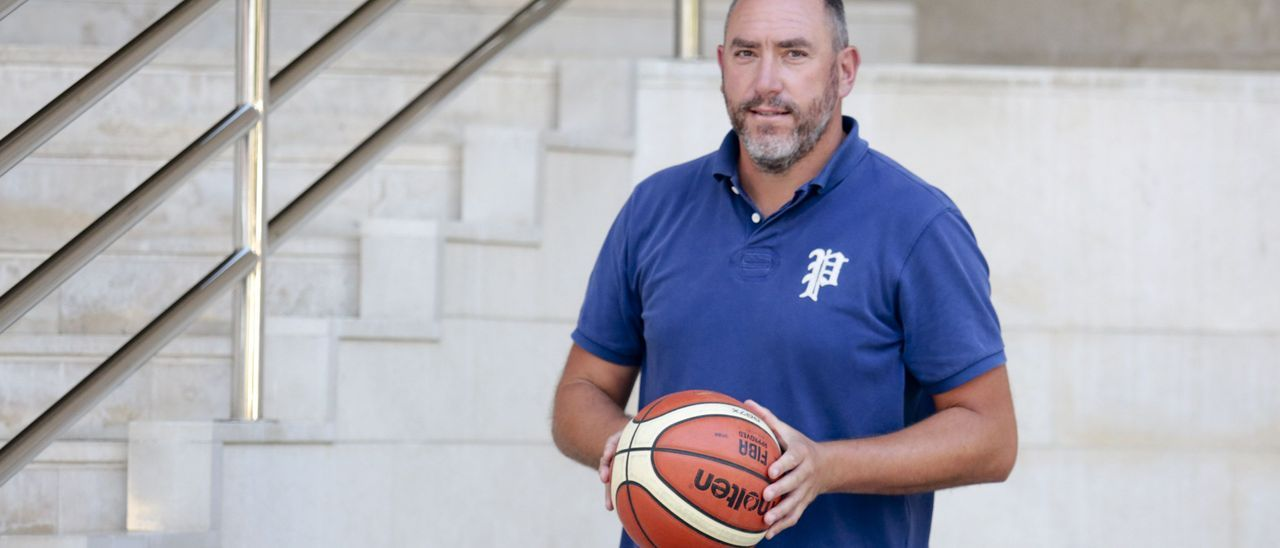 Héctor Galán, director general del Oviedo Baloncesto