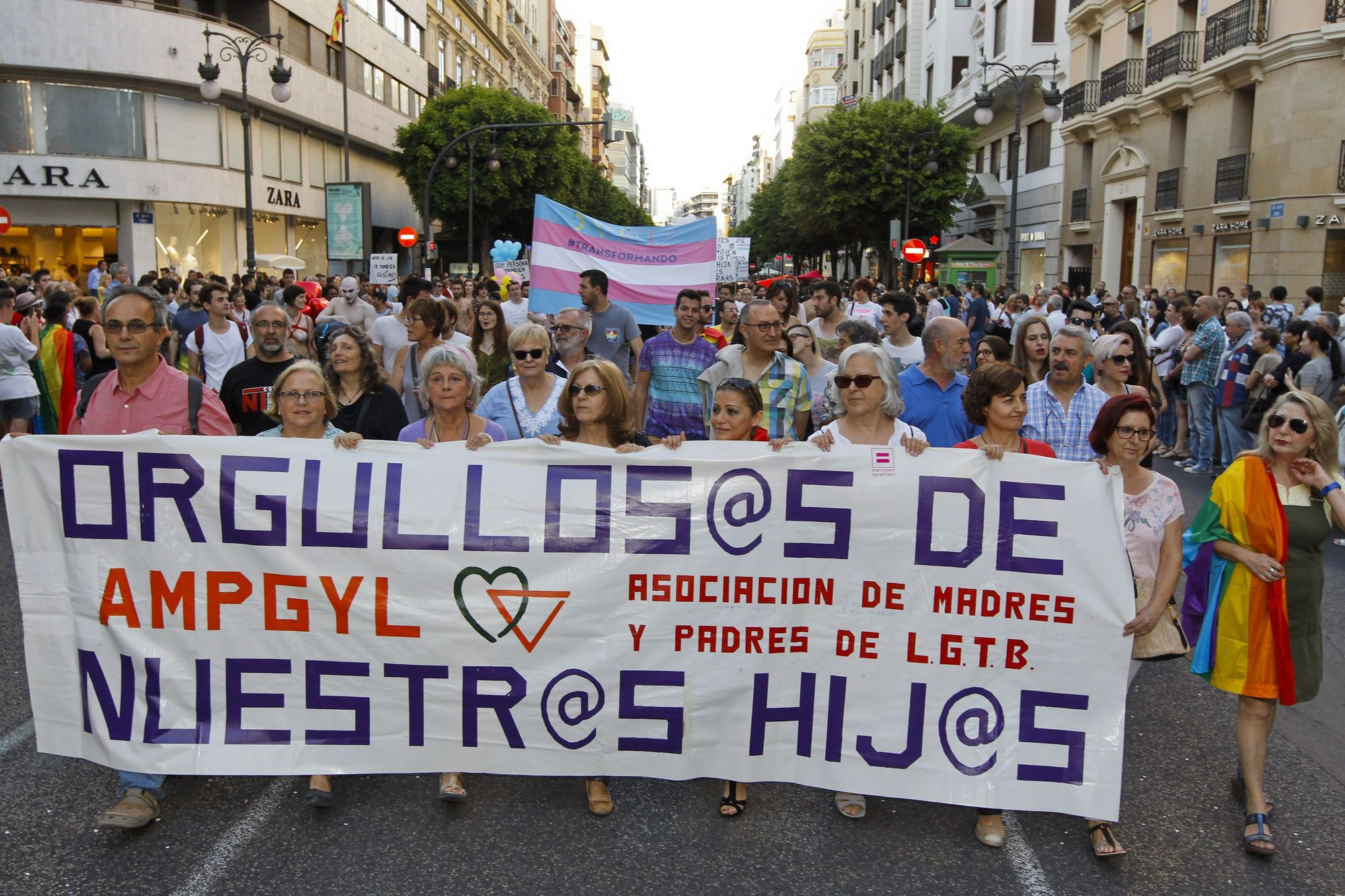 Imágenes del Orgullo de 2016, con la presencia de Pedro Sánchez