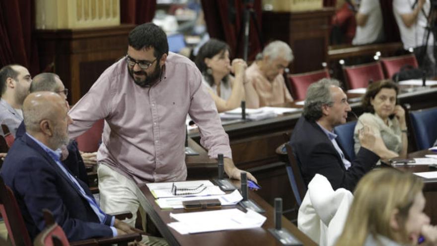 El estallido de Més golpea al nuevo Govern de Armengol