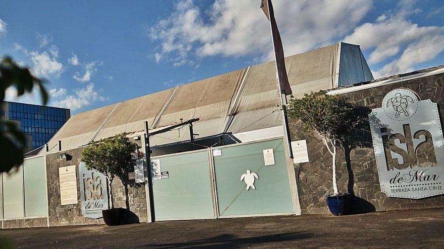 Santa Cruz concede una prórroga por un año a la terraza Isla de Mar