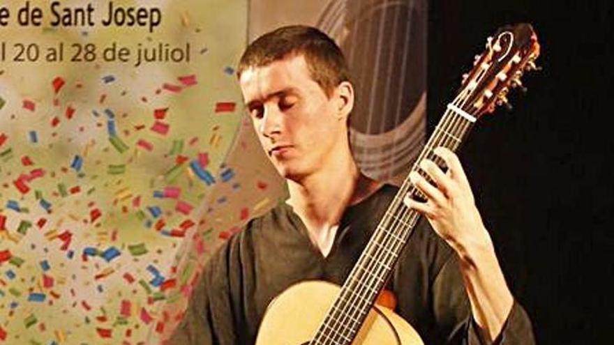 El Festival de Guitarra vuelve con clases, conferencias y cursos