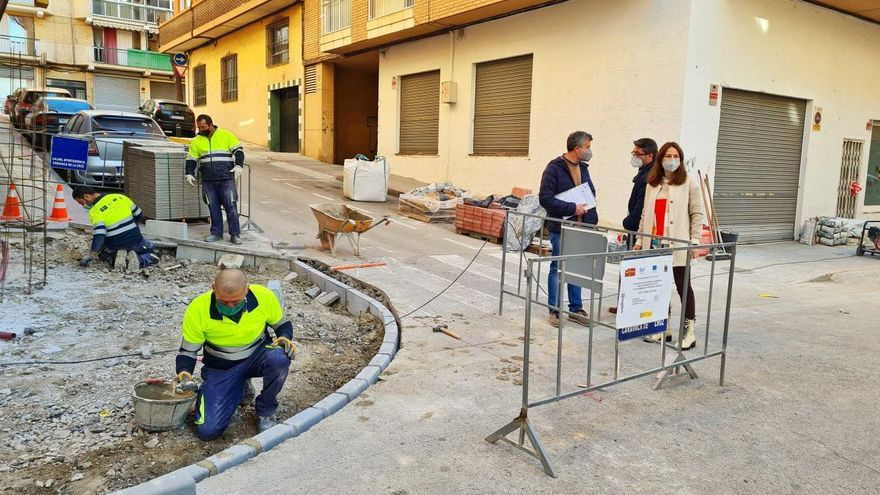 El Ayuntamiento de Caravaca mejora la accesibilidad en aceras
