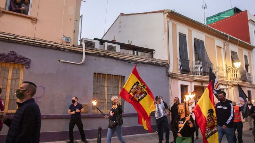 Multa de 4.000 euros a dos ultras ligadas a Vox por enaltecer el franquismo