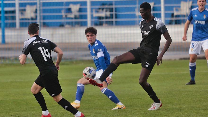Fútbol: Lealtad y Vetusta, al límite en la lucha por quedarse en la Segunda RFEF