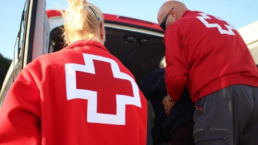 Servicio de teleasistencia de Cruz Roja para 150 usuarios en Lanzarote