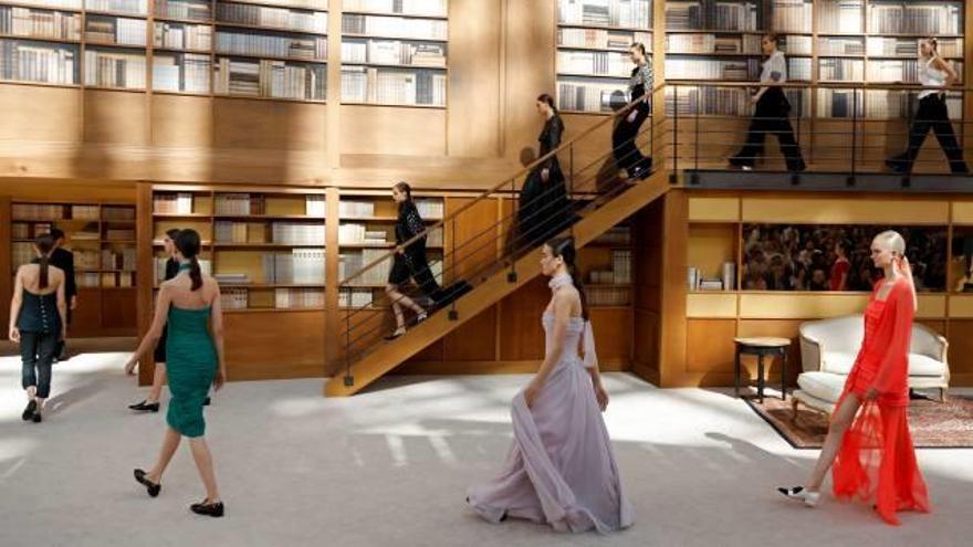 El primer desfile de Chanel sin los diseños de Karl Lagerfeld