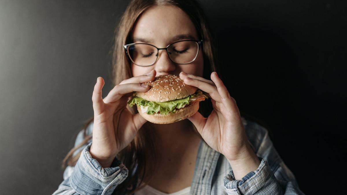 Muchas veces las personas no comen por nutrirse sino por ansiedad
