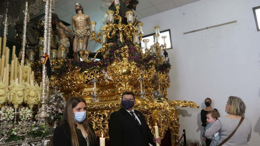 Miércoles Santo: Vuelven las colas en los templos