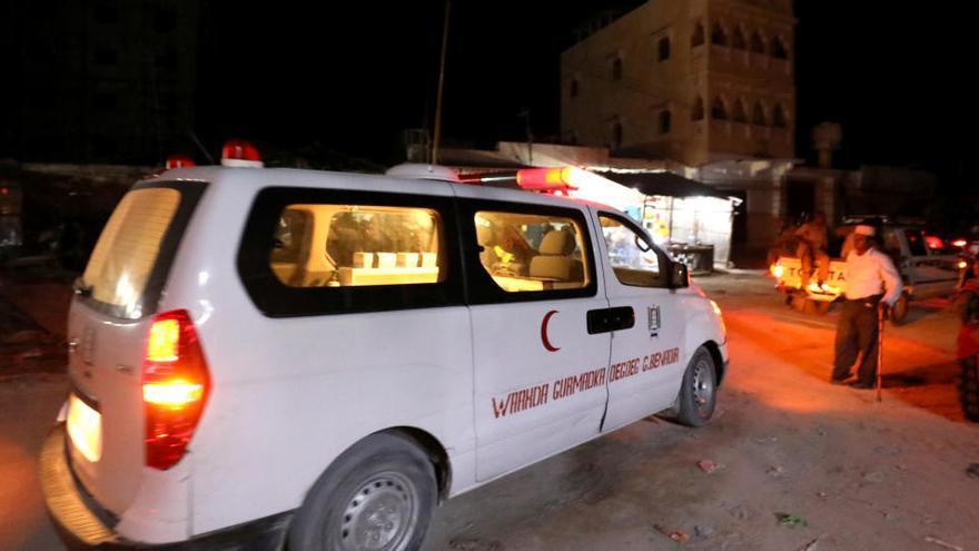 Al menos 22 muertos y 45 heridos en un ataque armado contra un hotel de Mogadiscio