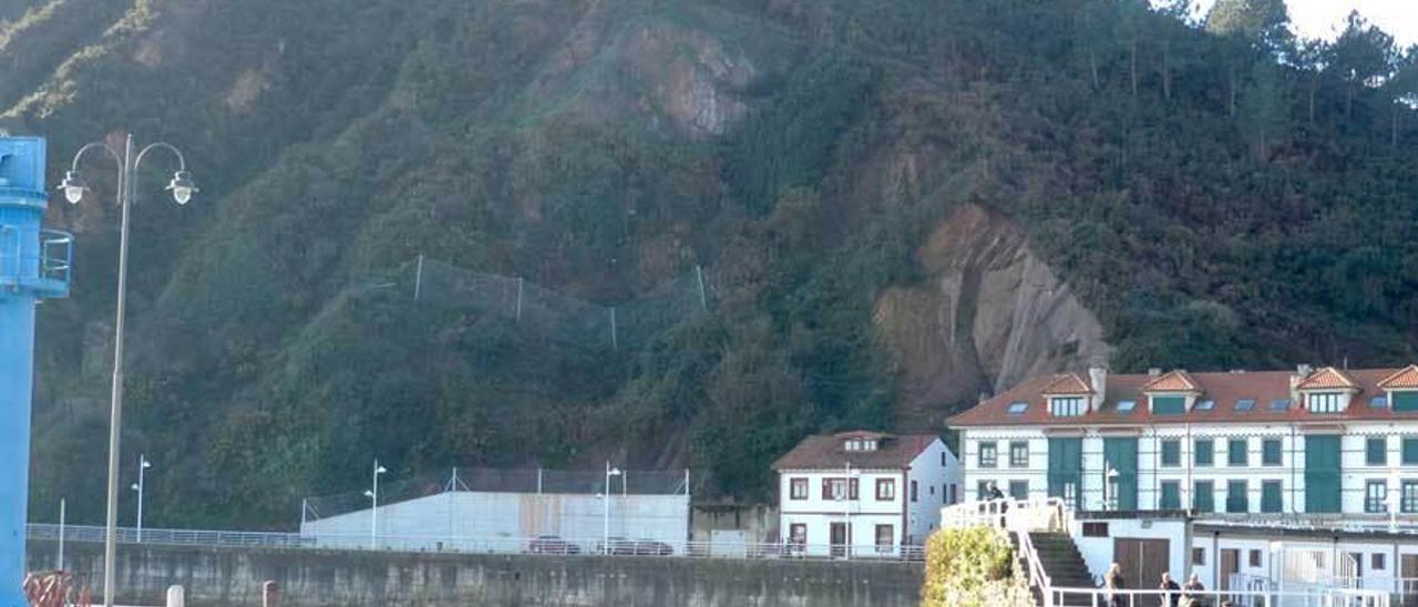 La zona del monte Fuxa que en marzo de 2013 se vino abajo, obligando a desalojar una casa.