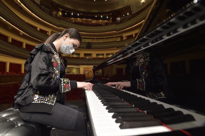 Alexandra Dovgan, prodigio al piano