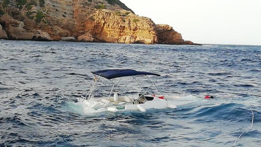 La barca que ha naufragado dos veces ya se hundió el pasado verano