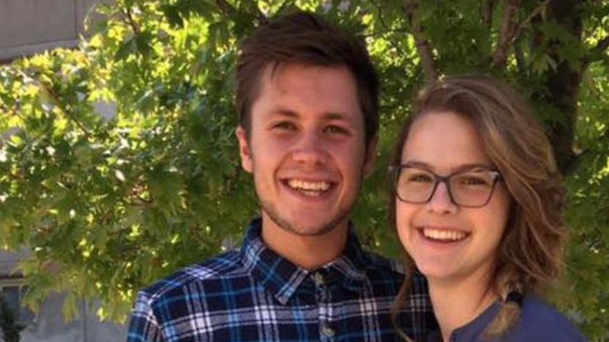 Se casan y mueren un día después de la boda en un accidente